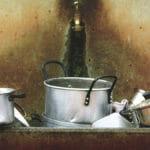 汚れたキッチン
